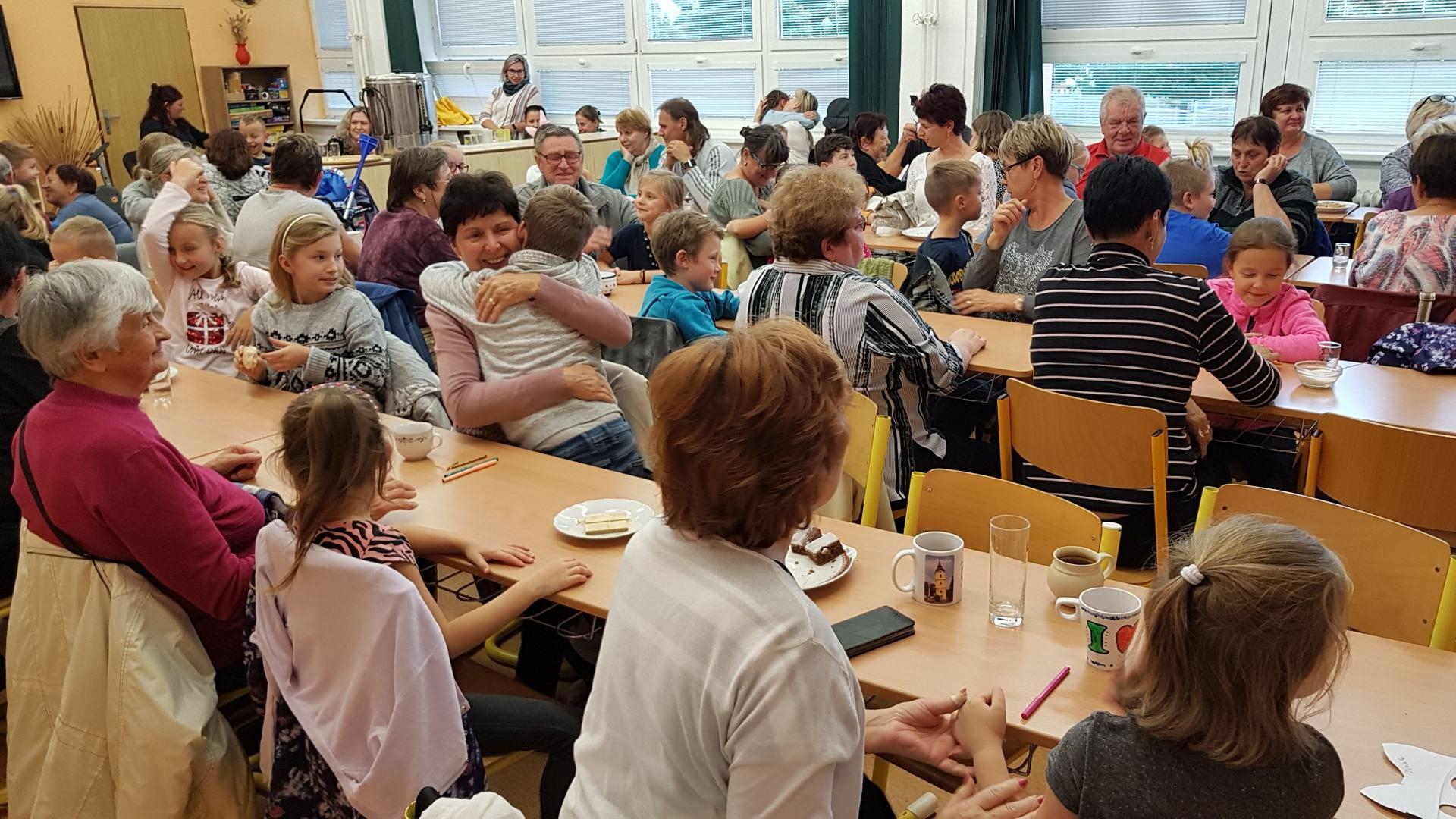 Den babiček a dědečků - Aktivně aktivní